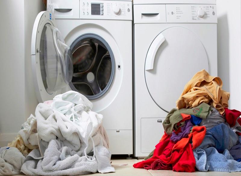 Giặt bông trang điểm bằng máy giặt
